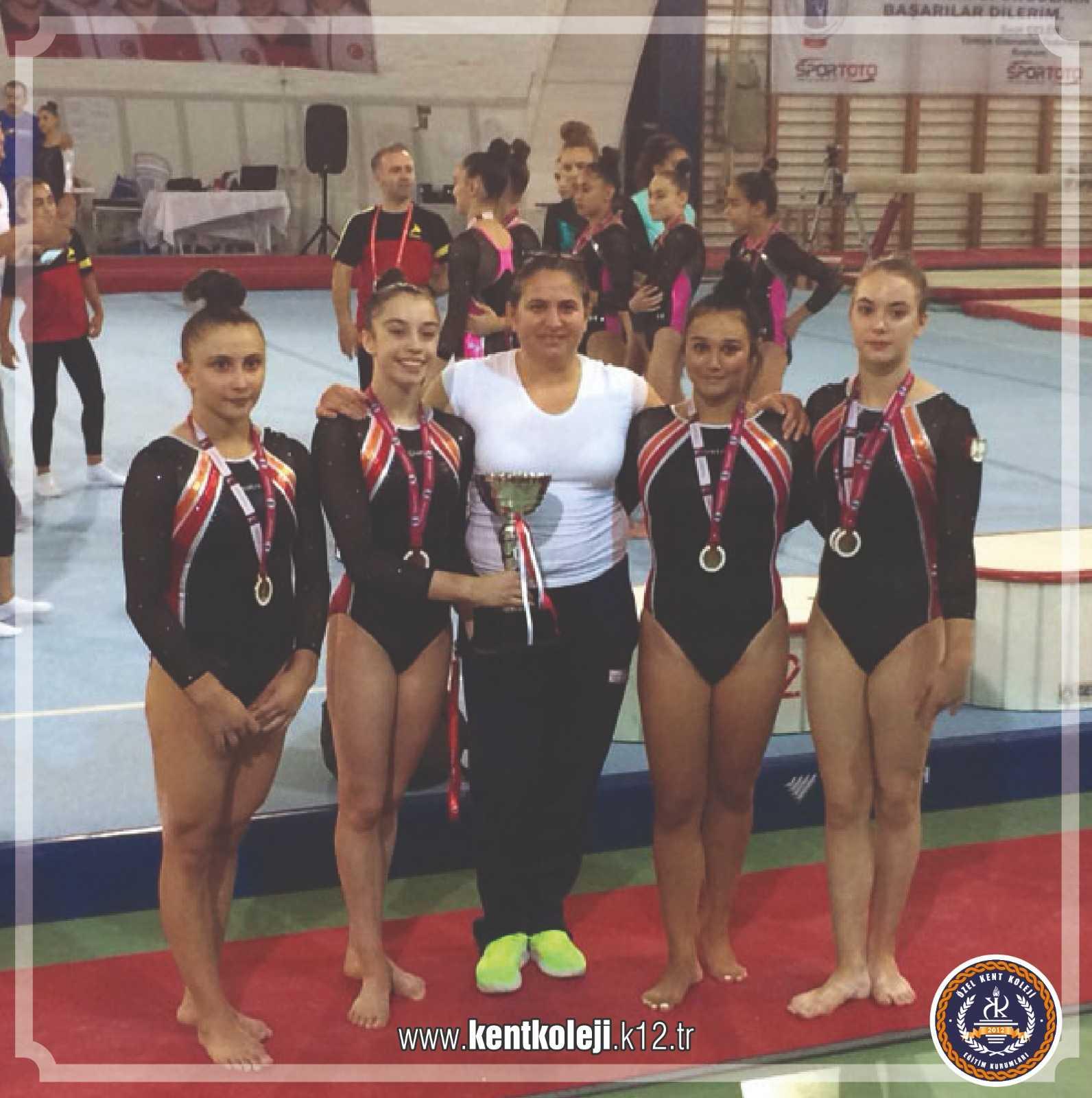 Kent Koleji Jimnastikçileri Bolu'dan BAŞARILAR  İle Döndü